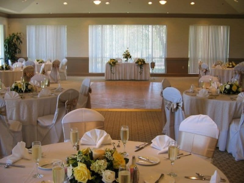 Falcon's Fire indoor reception with sweetheart table