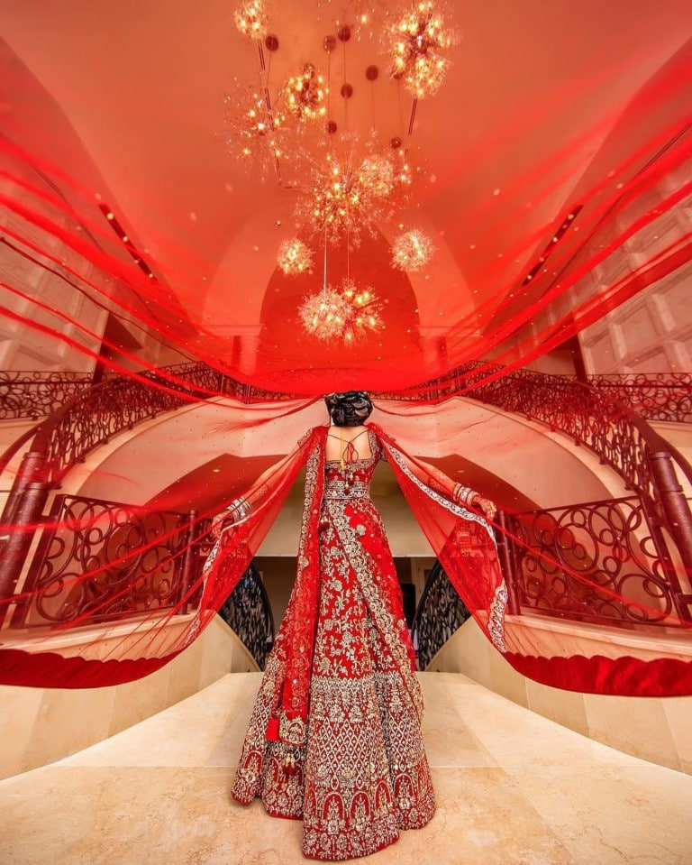 Four-Seasons-at-Walt-Disney-World-Red wedding dress and veil