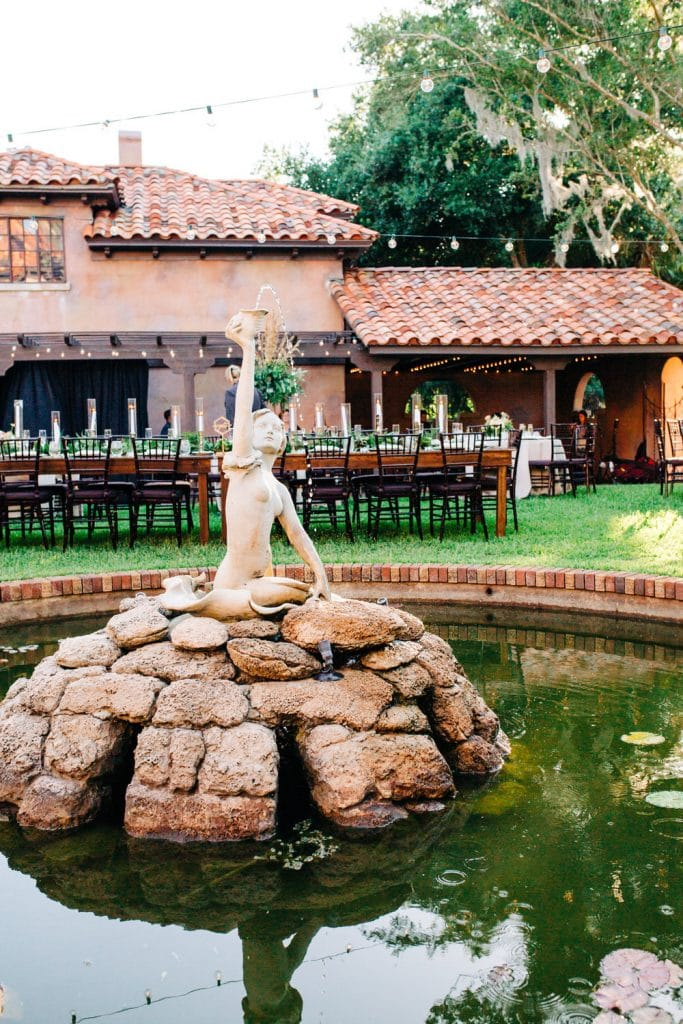 howey mansion wedding reception courtyard fountain