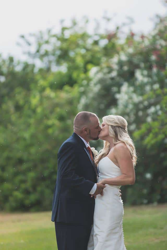 Hub 925 - bride and groom