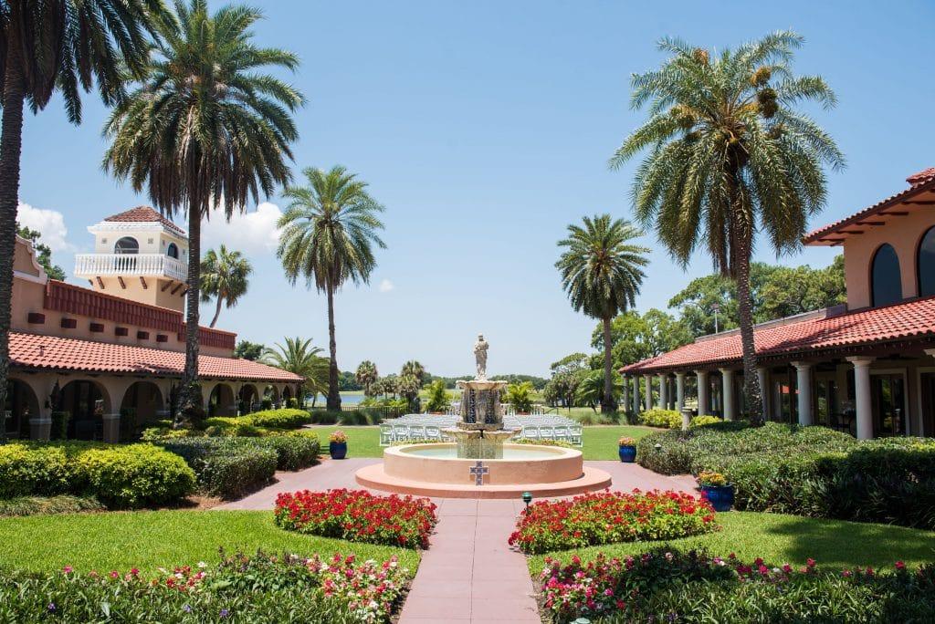 plaza de la fontana at mission inn resort