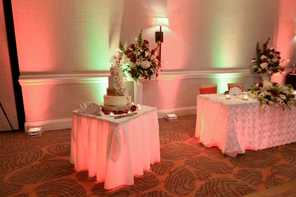 Renaissance-Orlando-Hotel-Airport-Cake table with three tier cake and light accents