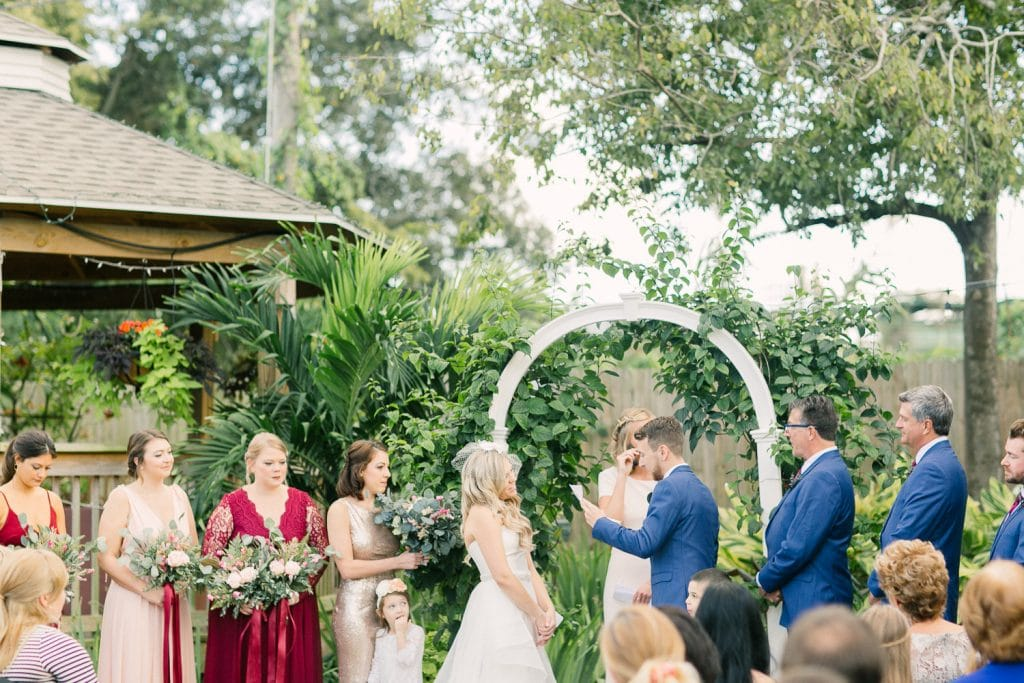 Rockledge Gardens - outdoor ceremony under arch