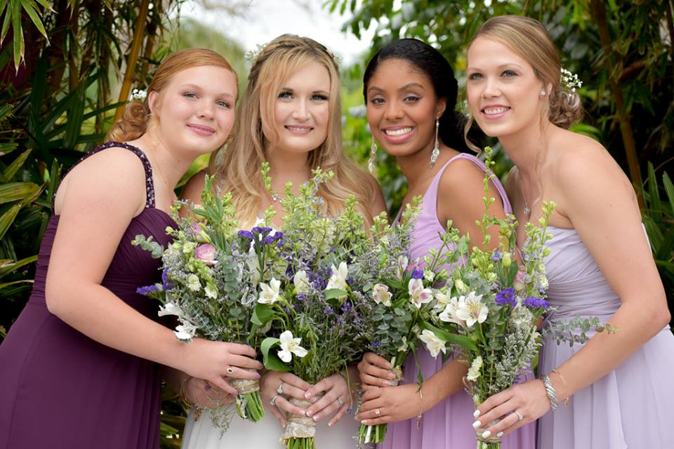Rockledge Gardens - bride and bridesmaids with bouquets