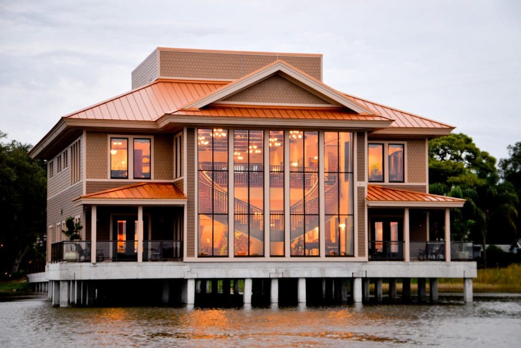 Tavares-Pavilion-on-the-Lake-Lake view of the venue's large windows