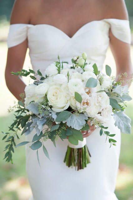 Save Money On Wedding Flowers Color Look And Feel Wedding