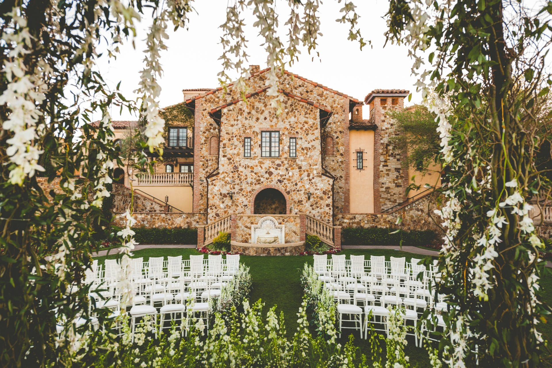 outdoor ceremony space at Tuscan-inspired Bella Collina
