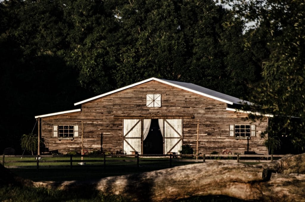 TrueHeart-Ranch- Wide view of the Barn venue