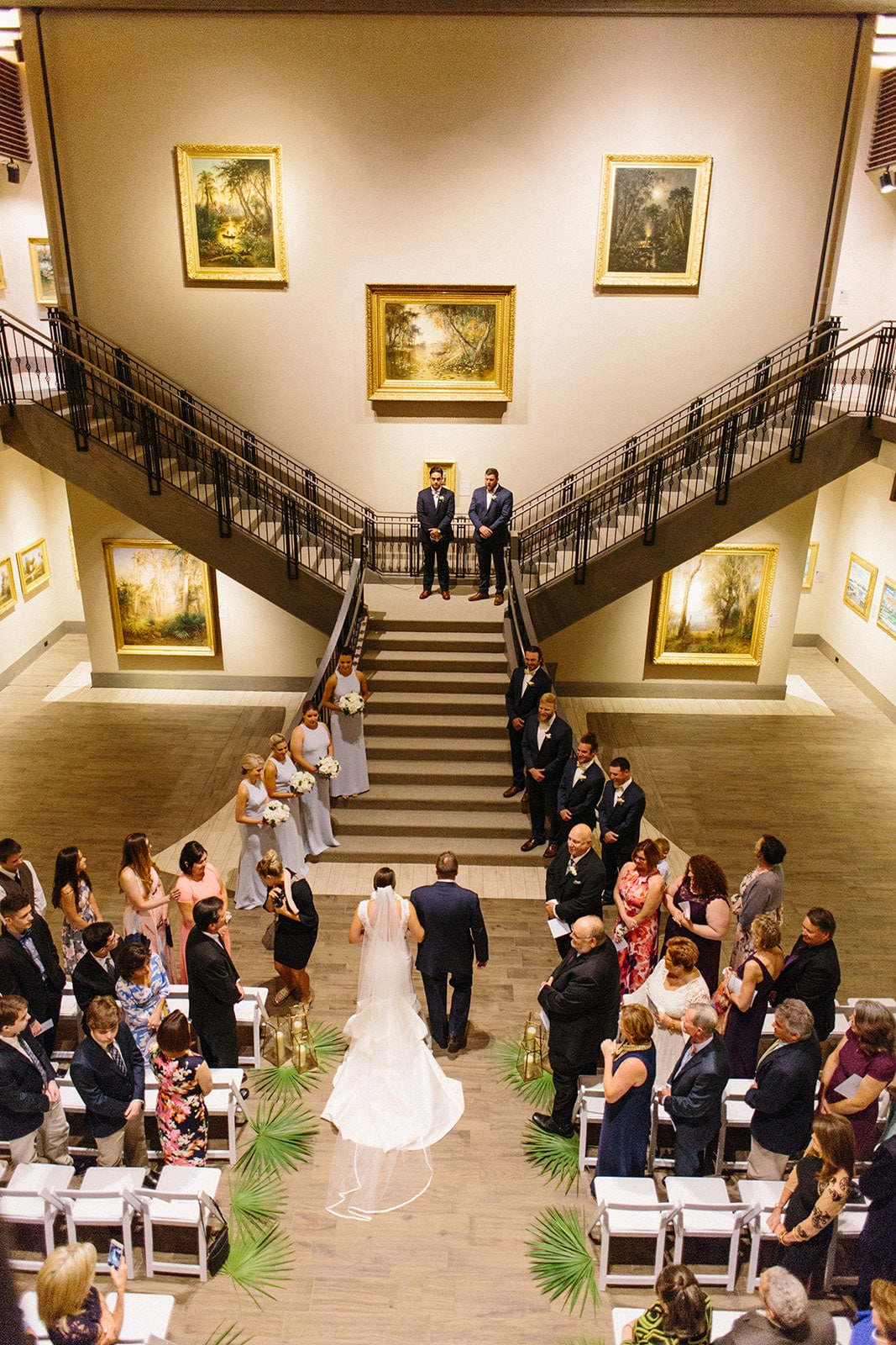 Museum of Arts and Sciences - wedding on a dazzling staircase