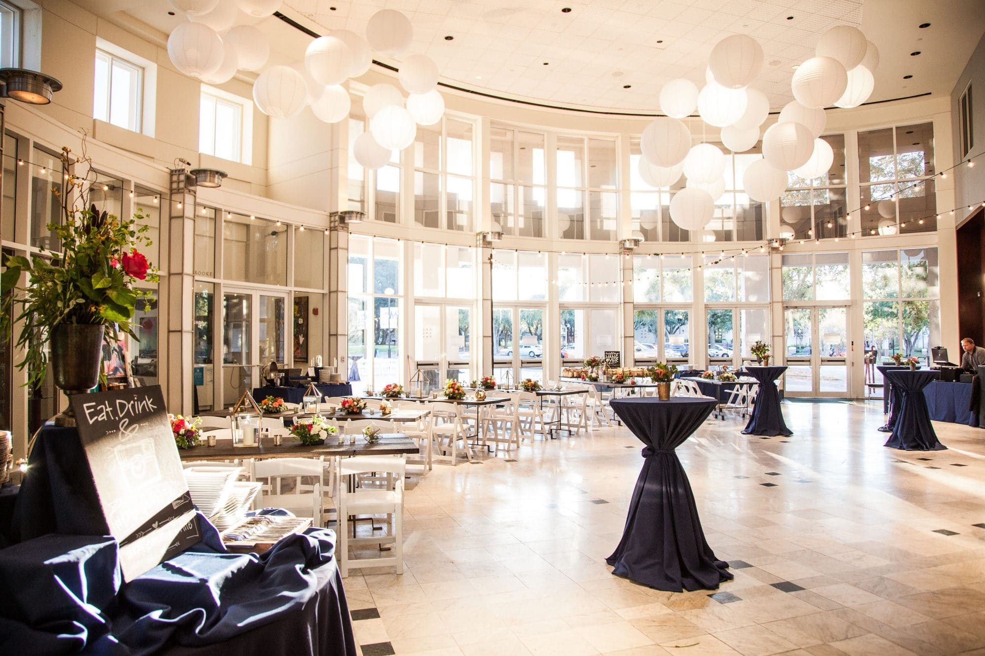 Orlando Museum of Art - reception hall filled with natural light