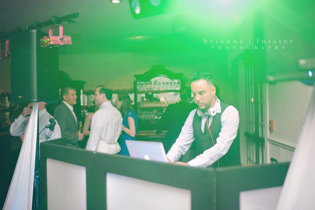 Press Play Entertainment - DJ and lighting services