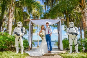 Paradise Cove - bride and groom flanked by Stormtroopers