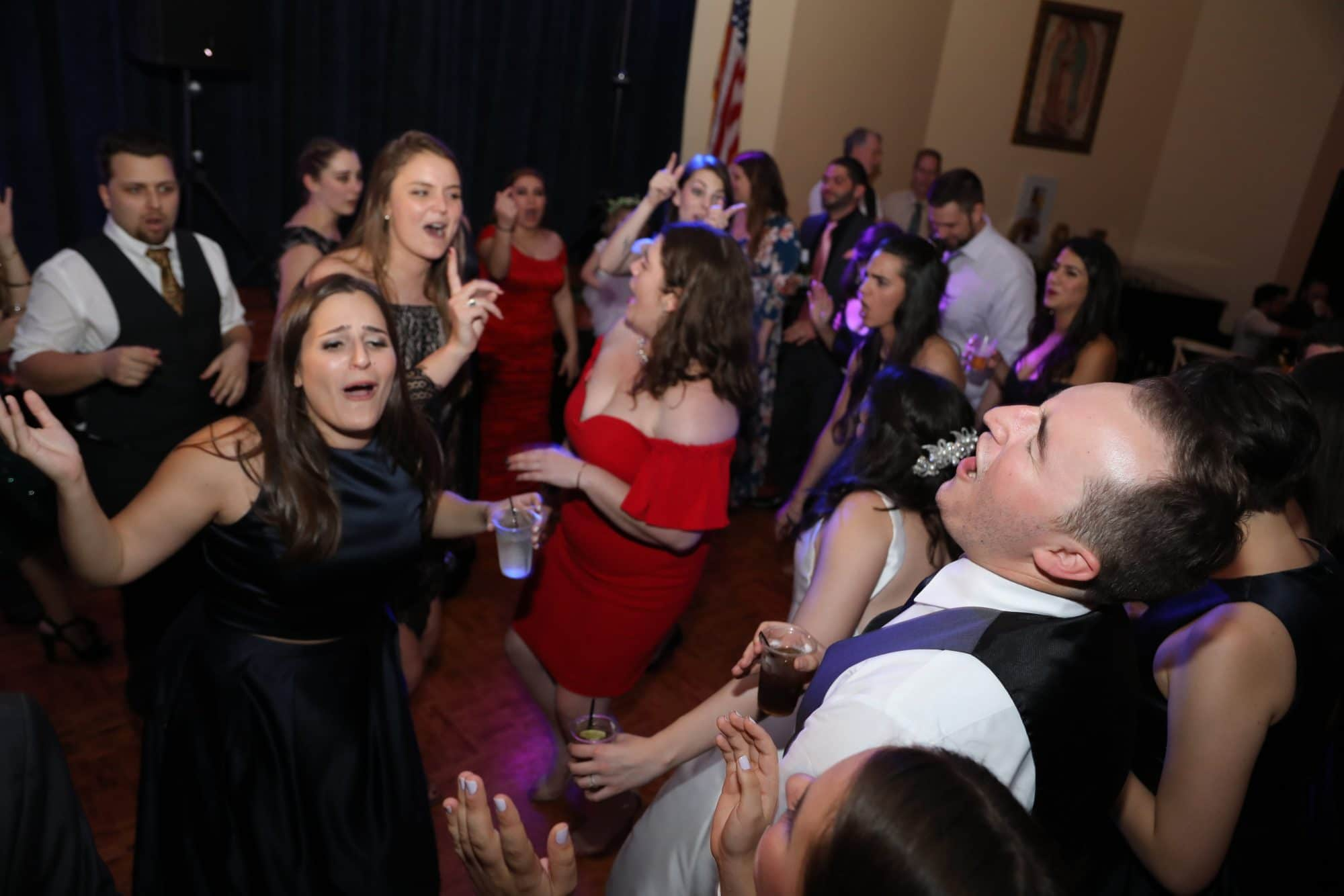 Blue Blazers Entertainment - wedding guests dancing and singing