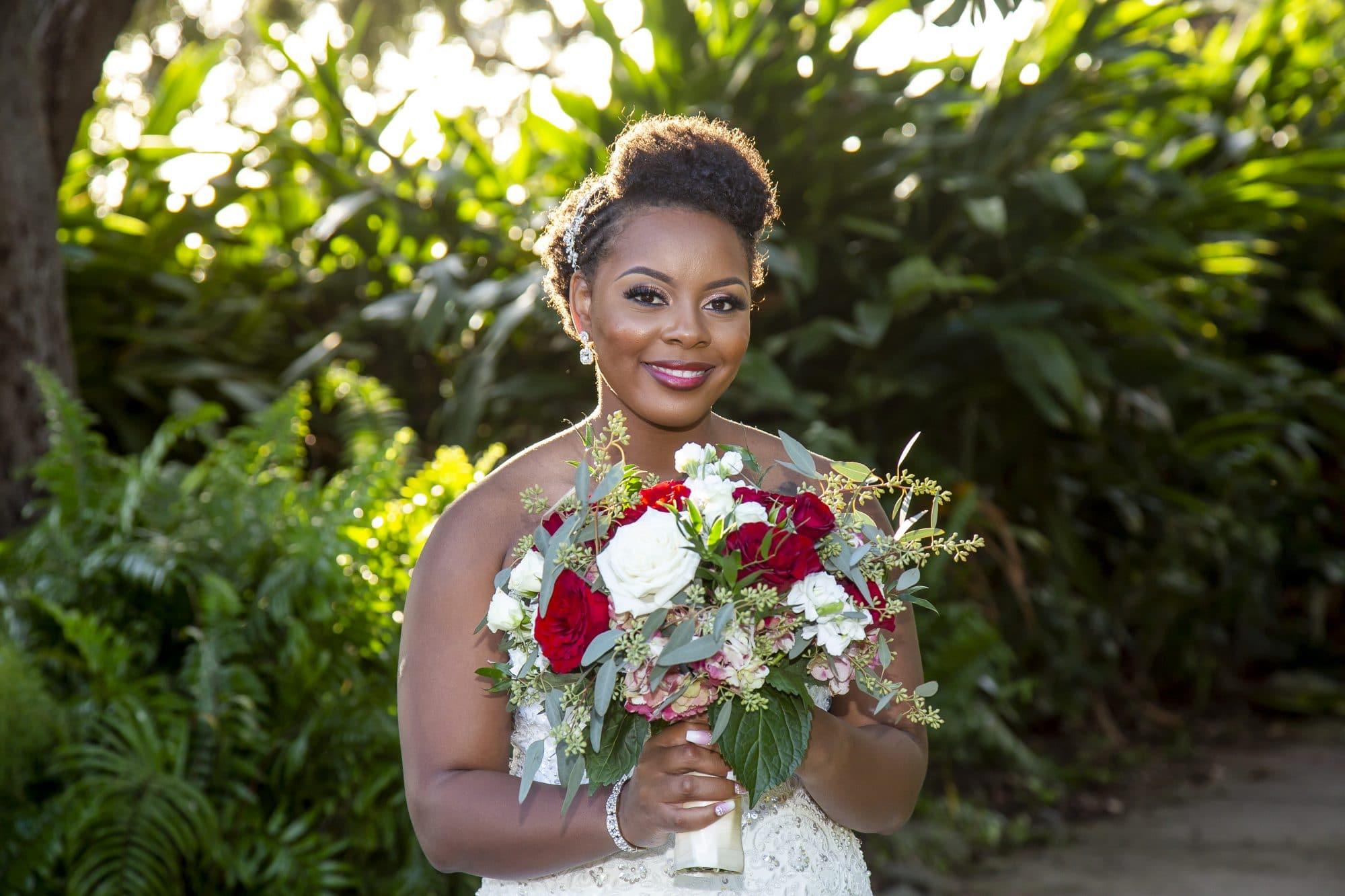 Shaneika made a stunning bride!