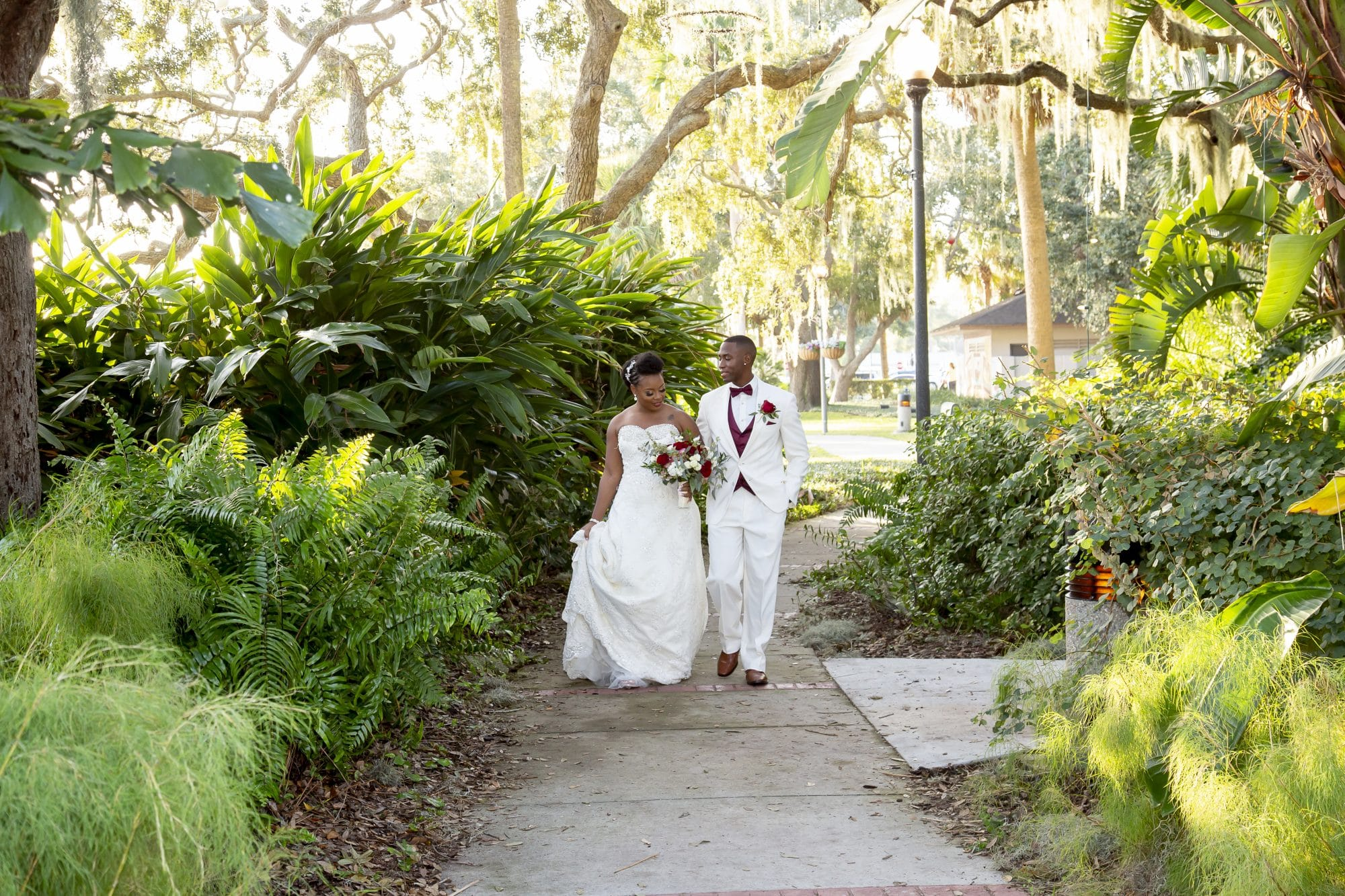 Shaneika and Richard strolling the grounds