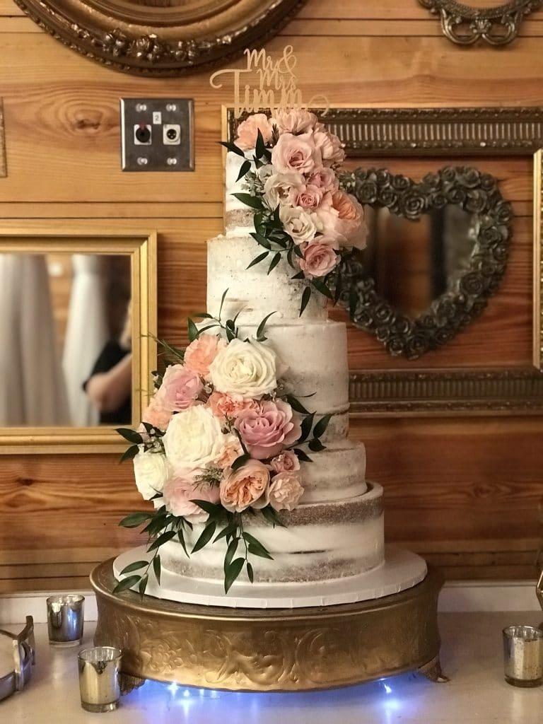 Cake & Bake - semi-naked cake with mauve roses