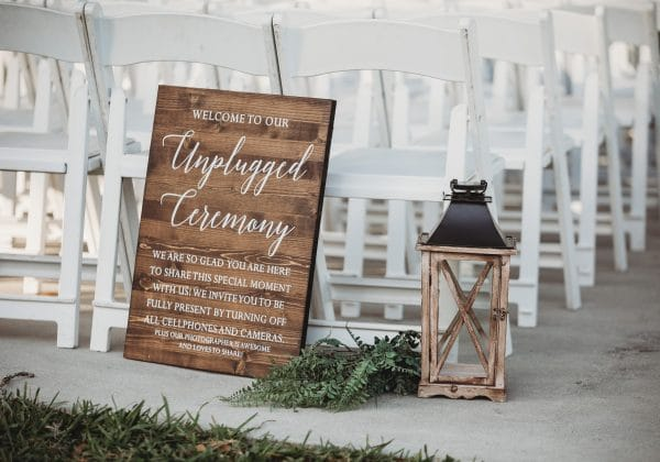 How To Have a Truly Unplugged Wedding