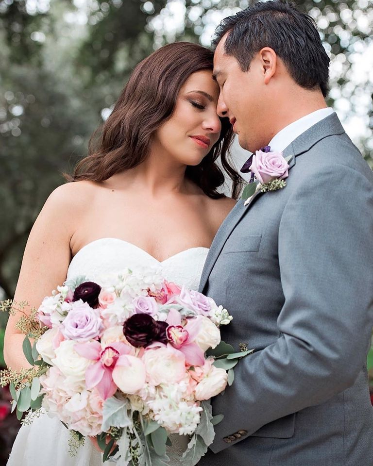 Lee Forrest Design - bride and groom with flower bouquet