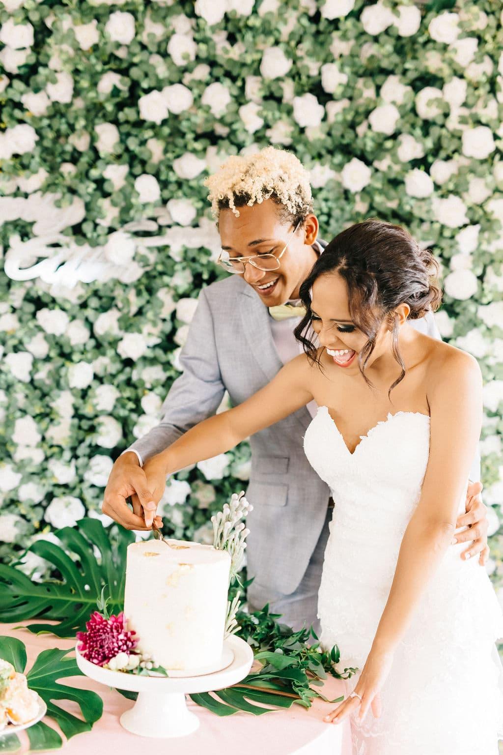micro wedding Disney Princess and the Frog Wedding Theme small wedding cake
