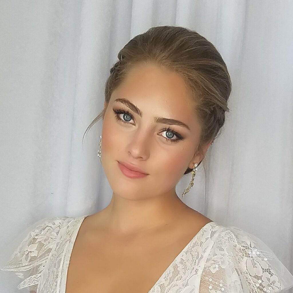 M3 Beauty, bride close-up of natural look