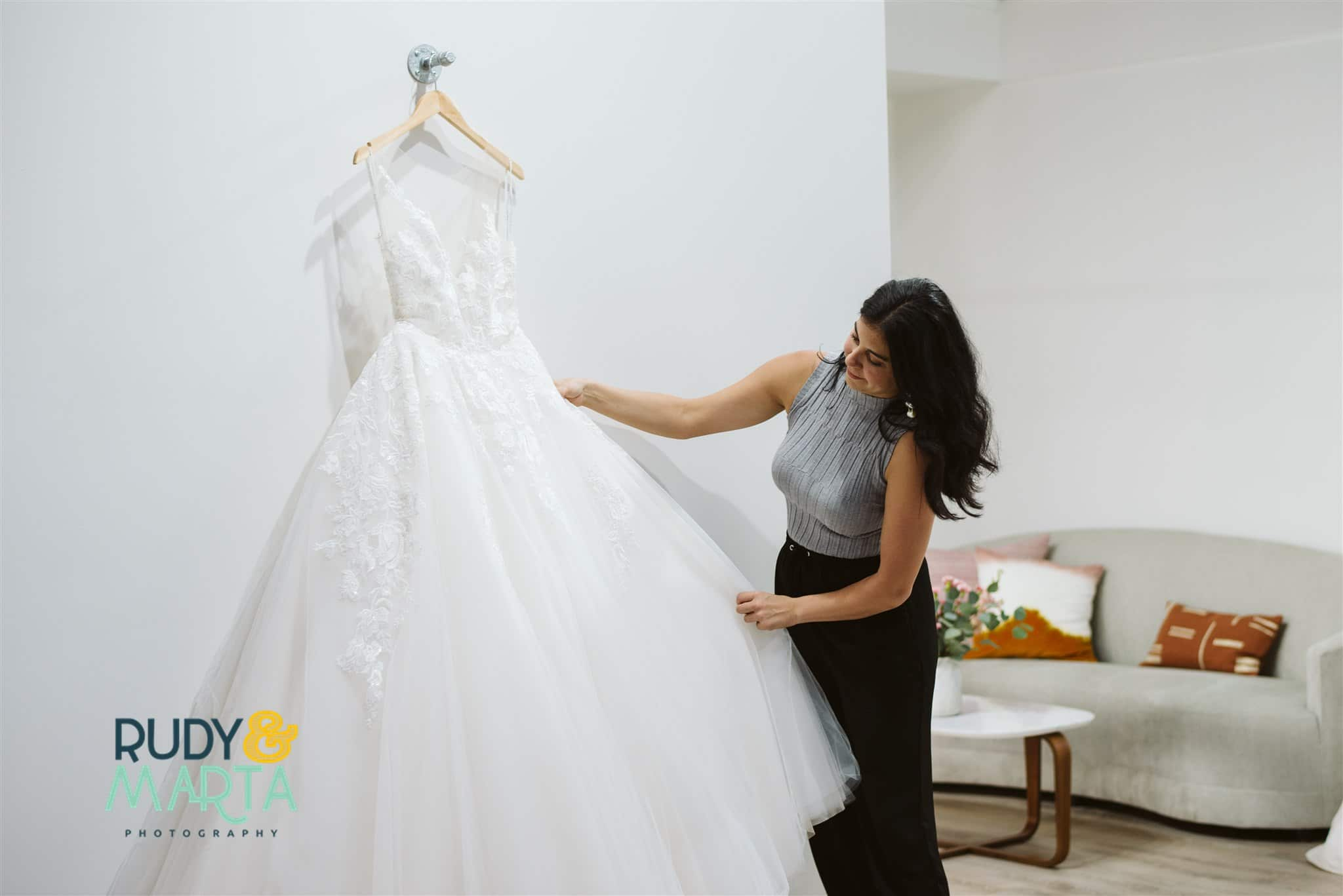 bridal gown stylist at the bridal finery helping with bridal appointments in winter park florida