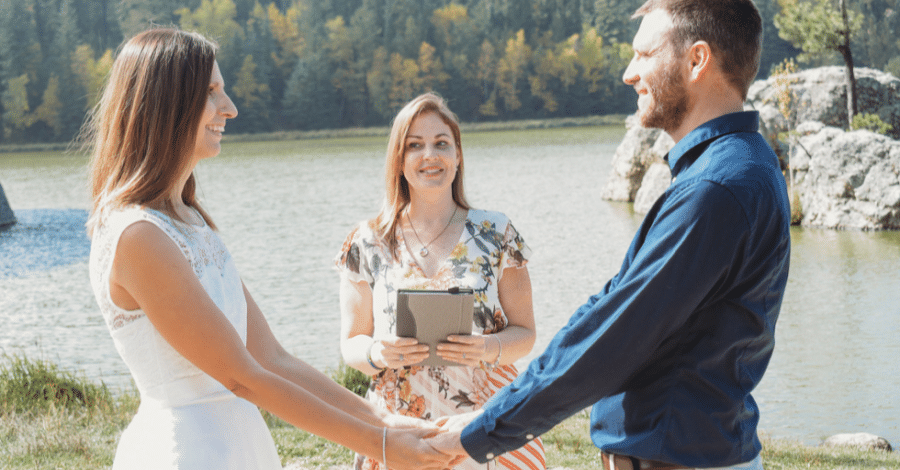 The Ginger Officiant ceremony