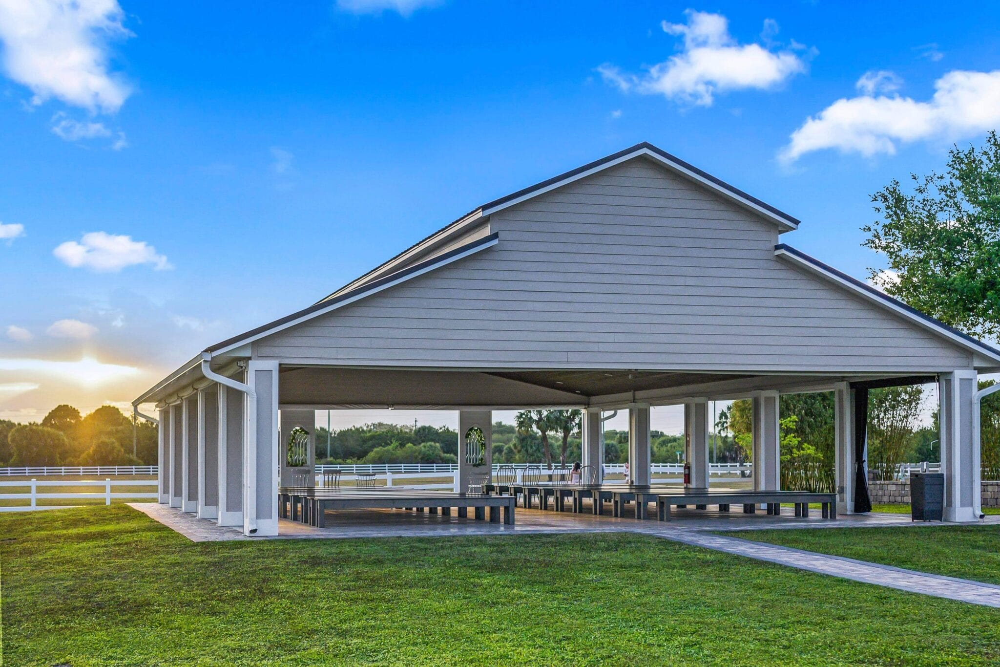 Dragonfly Farms outdoor ceremony pavilion