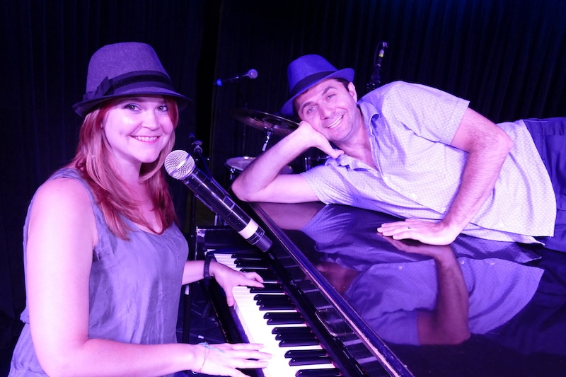 dueling piano players Amy and Randy with their piano
