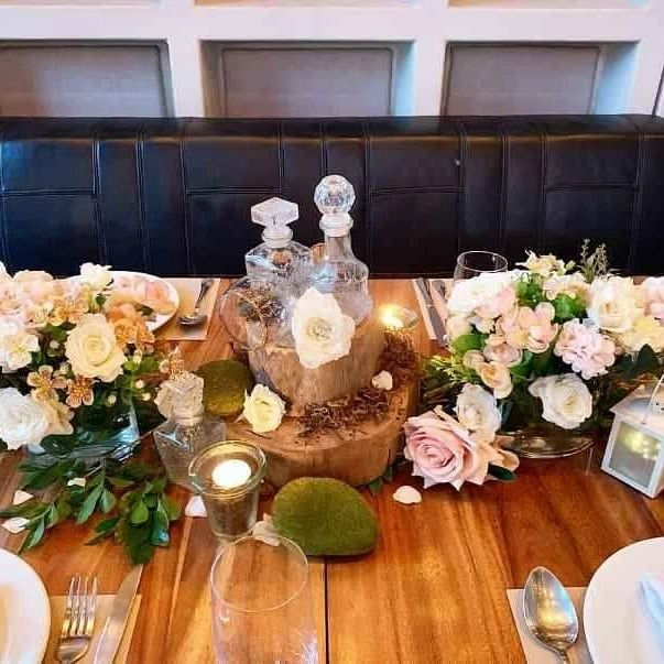 Y&S Chateau rustic table decor