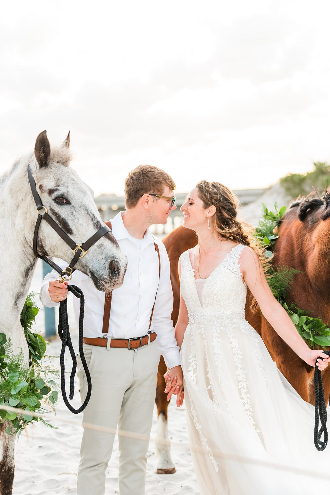 Romantic, Spring Styled Wedding with Horses on the Beach_Christine Austin Photography_©christineaustinphotography_2021_RomanticBeachStyledShoot_Horses_17_low