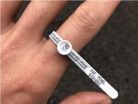 Ring measuring device