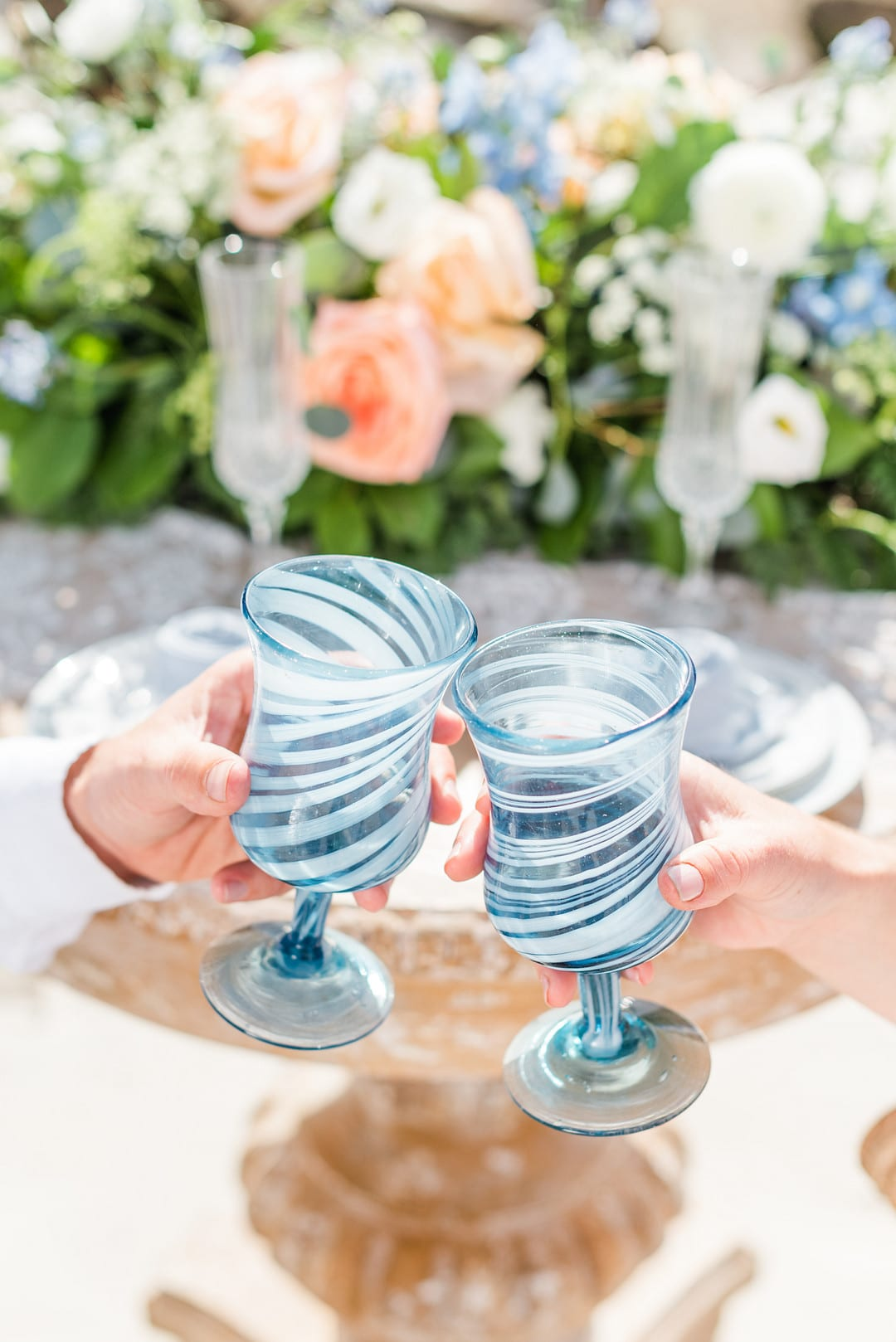 _Romantic, Spring Styled Wedding with Horses on the Beach_Christine Austin Photography_©christineaustinphotography_2021_RomanticBeachStyledShoot_Austin+Naomi_10_low